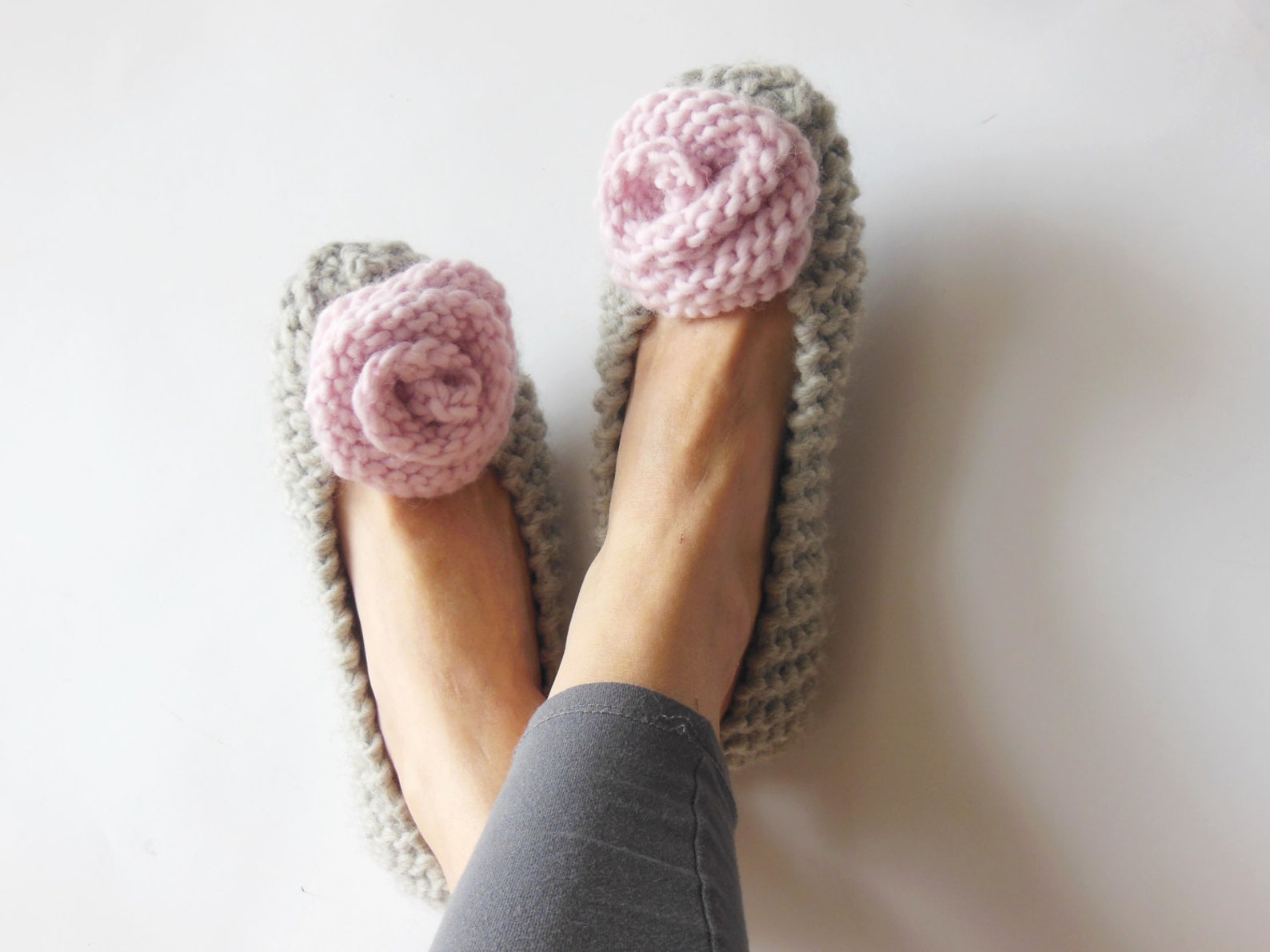 100% wool brand yarn, gray slippers, women's non-slip slippers, warm chunky slippers, pink roses, ballet flats, home shoes,