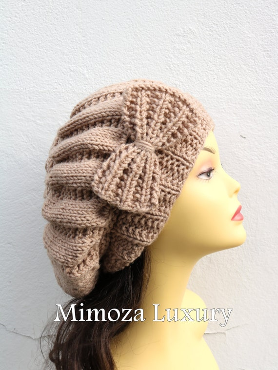 Latte Beige Woman Hand Knitted Hat with Bow, Beige Beret hat with bow, latte knit hat, slouchy knit women's hat with bow, winter hat, latte