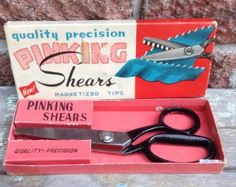 Shears, Scissors, Pinking Shears, Sewing Scissors, Vintage Sewing Accessoiries, Scrapbooking Scissors,