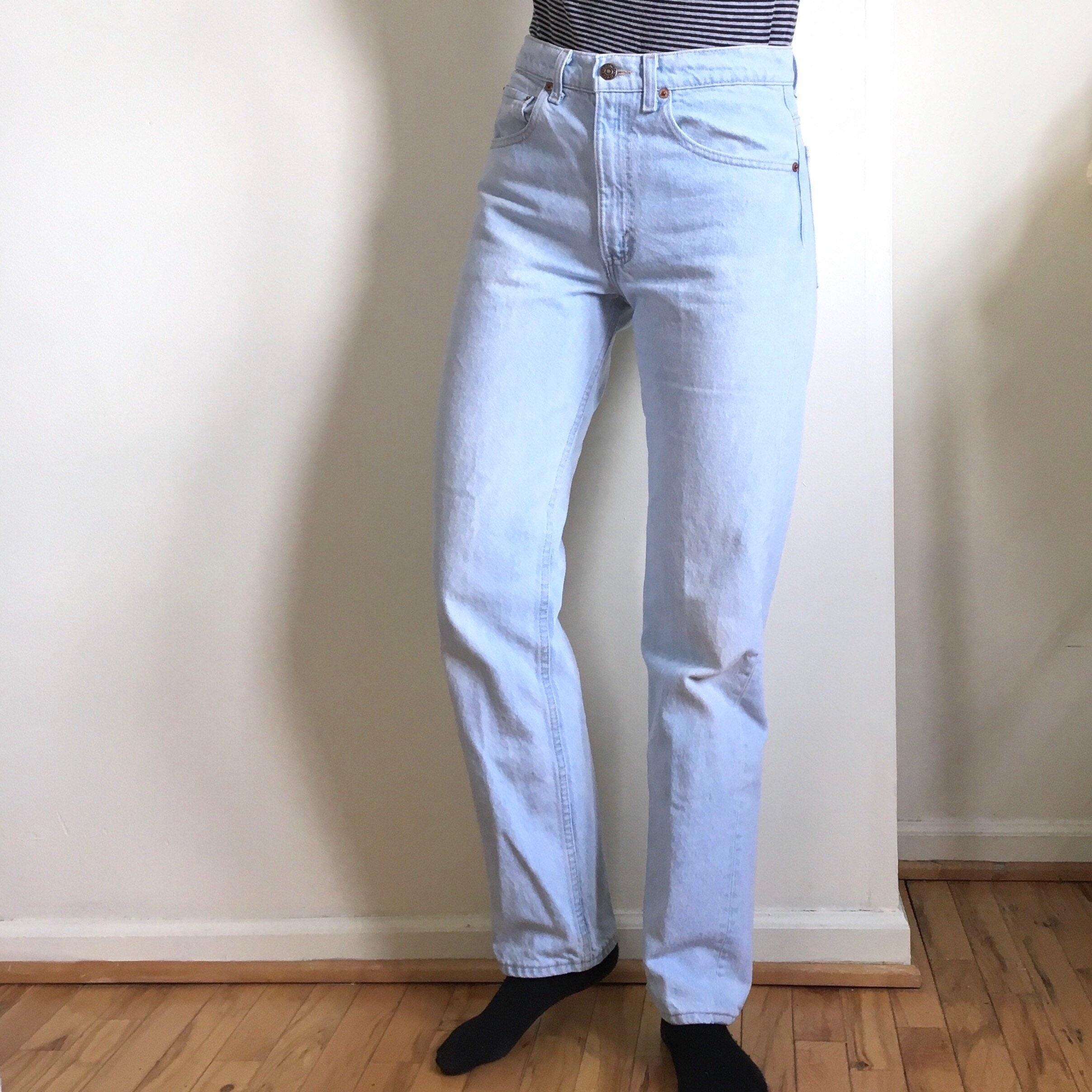 417b4efd5d7 Vtg. Levi 505 XX 30 W High Waist Jeans Light Wash