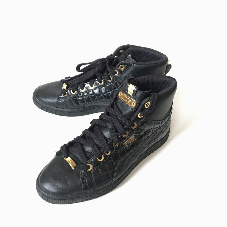 new style aff80 856c0 Vintage PUMA Basket mid Sneaker, Textured Black Leather Gold Trim Womens  size 8