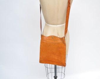 vintage leather bag  purse cross body hobo boho tote braided woven