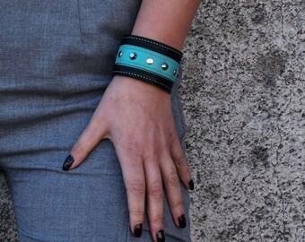 Leather Bracelet for Women, Cuff Bracelet , Hand Stitched Leather Bracelet, Gift for Her, Personalized Gift, Custom Made Bracelet for Women