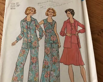 Vintage Retro Pattern - pant suit and skirt - 1974
