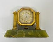 f467 Vintage Elgin 8 Days Mantel Standing Clock Green Jade Base