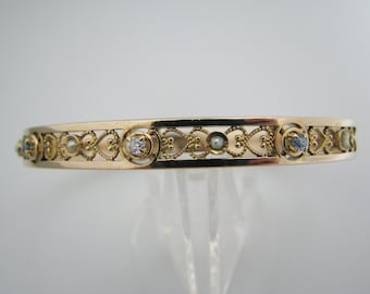 a719 Lovely 10k Yellow Gold Hinged Bangle with Pearls, Aquamarine & Diamond