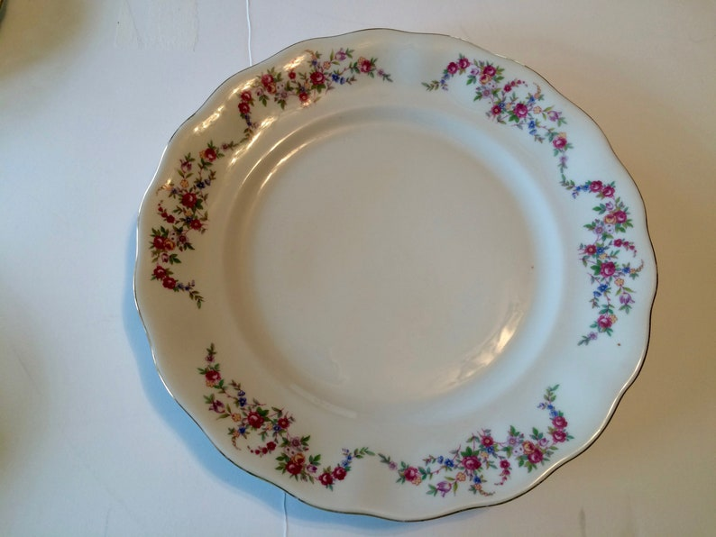 Salad and Bread Plates /& Sauce Bowl; Dinnerware; 1940-50/'s Mismatched China Place Setting; One 4-Piece Vintage Place Setting; Dinner #01