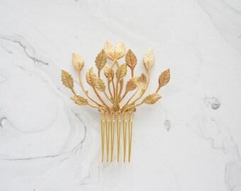 Gold leaves hair comb, Bridal hair comb, Leafy bridal comb, Wedding hair accessory, Grecian hair comb, Elegant bridal hair