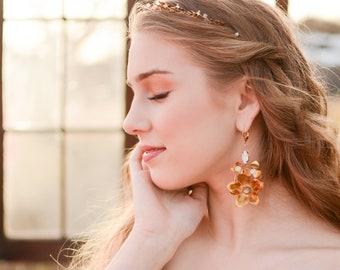 Gold Bridal Earrings, Leaf floral earrings, Gold Wedding Jewelry, Bridal Jewelry, Bridal Shower Gift, Boho bride, Gold wedding, Weddings