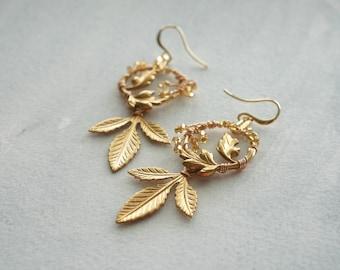 Gold Bridal Earrings, Leaf Earrings, Gold Wedding Jewelry, Bridal Jewelry, Bridal Shower Gift, Boho bride, boho chic, gold wedding, Weddings