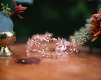 Rose gold bridal crown, Rose gold floral headpiece, Rose gold flower crown, Bridal headpiece, Bridal tiara, Woodland, Rose Gold Wedding