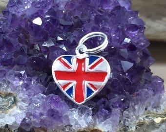 BULK 10 United Kingdom flag charms silver tone WT83