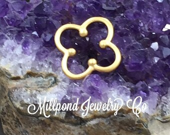 Clover Charm, Clover Link Charm, Gold Plated Sterling Silver Charm, Gold Charm, Gold Connector, PG0175