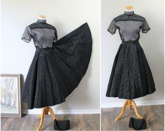 Amazing Vintage 50's VLV Pinup Girl Black Rayon Taffeta Swirled Piping Trim FULL Circle Skirt swing // US 2 // Waist 24 inches