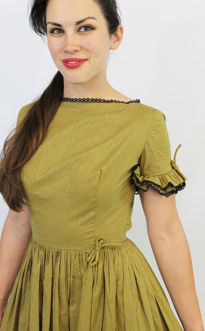Vintage 50/'s Pixie of California Rare Label Rockabilly VLV Mustard Gold Black Lace Full Circle Dress pinup girl