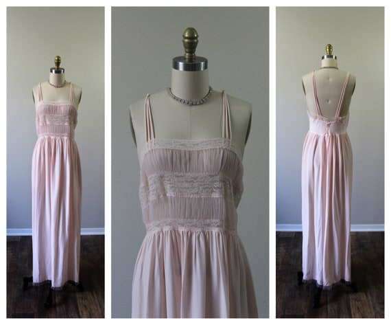 Vintage 1940s 40s TEXTRON 14  Pink rayon silk Nigh