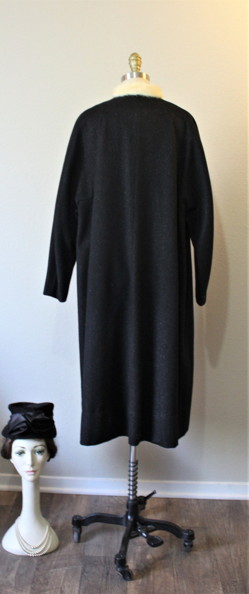 Vintage 40s 1950s Ranone Fancy Black Wool Coat Woven fibers Coat White Ermine Mink Collar Evening  US 4 6 8 s m