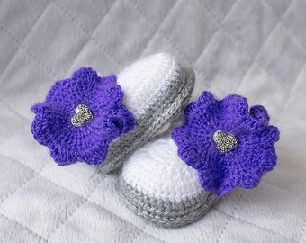 Baby Girl Booties, Baby Crochet Shoes, Newborn Shoes, Girl Booties, Girl Shoes, Girl soft sole shoes. Purple Shoes, Shoes With Flower