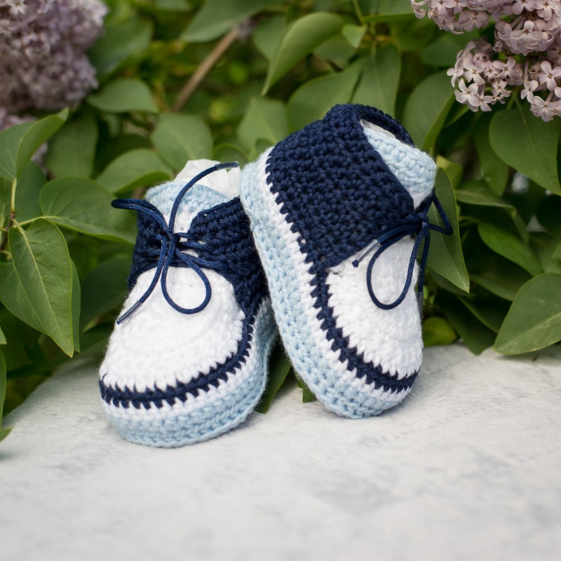 8157a5410 Crochet Baby Sneakers Crochet Newborn Booties Soft Sole Baby | Etsy