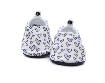 Neutral Hearts Baby Shoes | Gender neutral baby gift , Baby Shower Gift, Gift for Baby Boy, Gift for Baby Girl, Soft Sole Baby Booties
