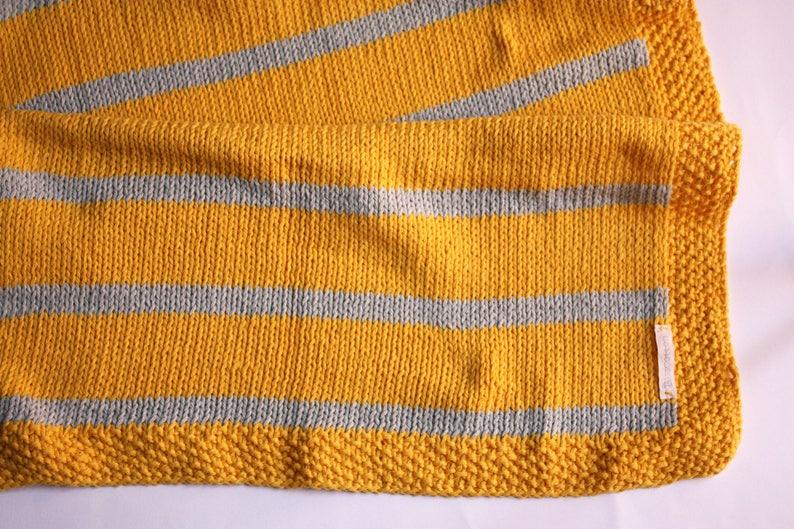 Copertina per culla gialla con righe grigio chiaro coperta etsy