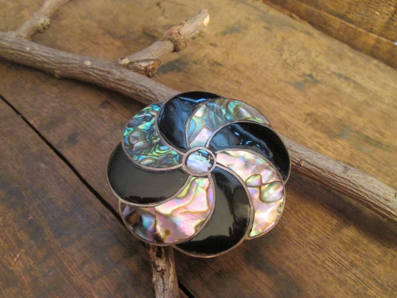 Vintage Sterling Abalone Circle Mexico Taxco Brooch