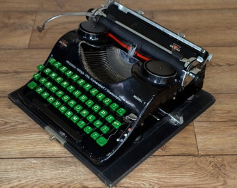 Antique Typewriter- Amazing Groma Model T - Fully Serviced - Working Perfectly