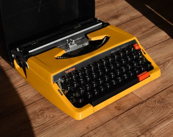 Working Typewriter - Beautiful Mango Colored Brother 250TR De Luxe - Fully Serviced - Working Perfectly