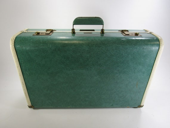 Retro towncraft seafoam green luggage suitcase