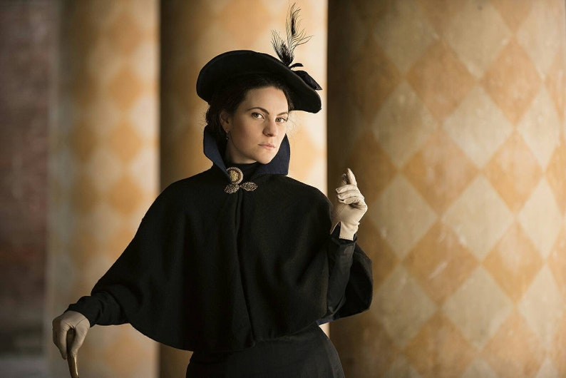 The Mourning Collection: custom made short cape in wool with or without  collar - Victorian 19th century Reenactment Historical Costume