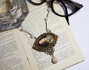 Victorian style Necklace pendant Ofelia Hamlet, necklace pendant Literature Poetry Theatre, Ooak necklace, ooak pendant, painting