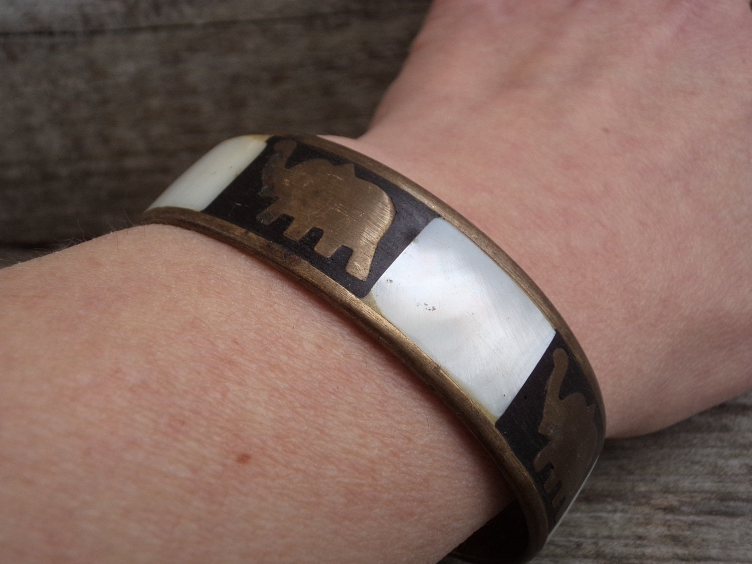 Gift for Girlfriend Vintage Bangle Bracelet Mother of Pearl and Brass Elephants Bangle Brass Elephants and Mother of Pearl Bracelet