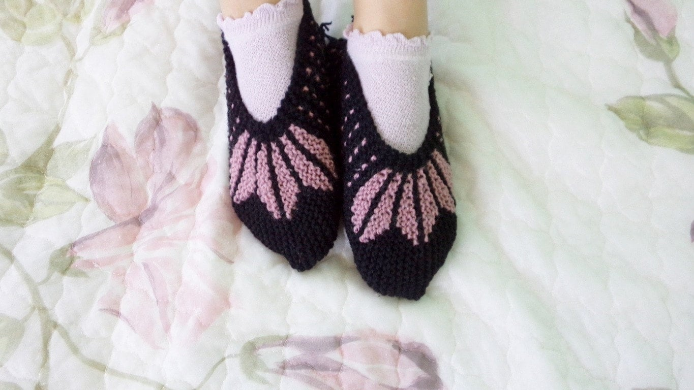 0d3cd842c7ac7 Hand knitted Slippers, Handmade Slippers, Wool Slippers, Pink and ...
