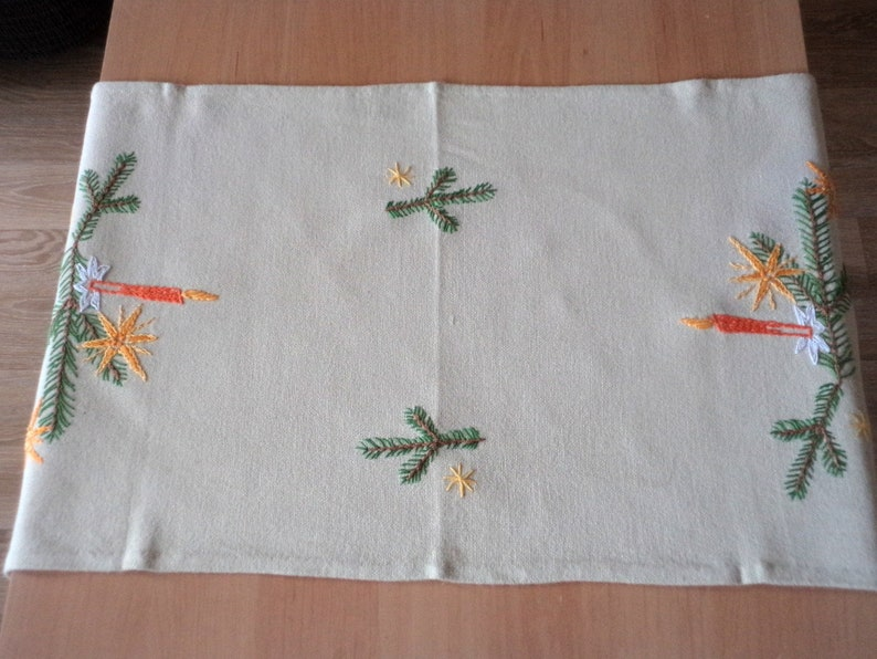 Beige Cotton Tablecloth with Hand Embroidery Hand-embroidered Table Runner Vintage Christmas Table Runner Christmas Table Decor