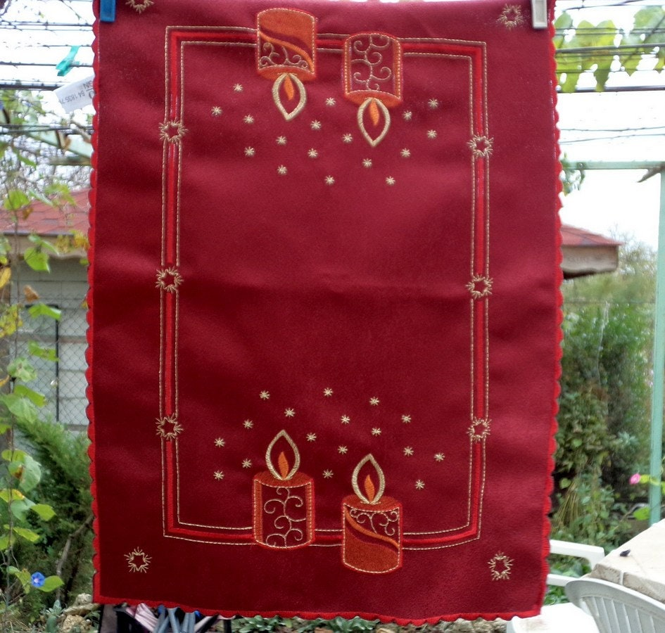 Christmas Table Runner, Burgundy TABLE Topper with emroidered ...
