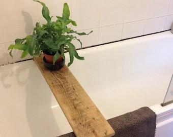 Bathtub shelf