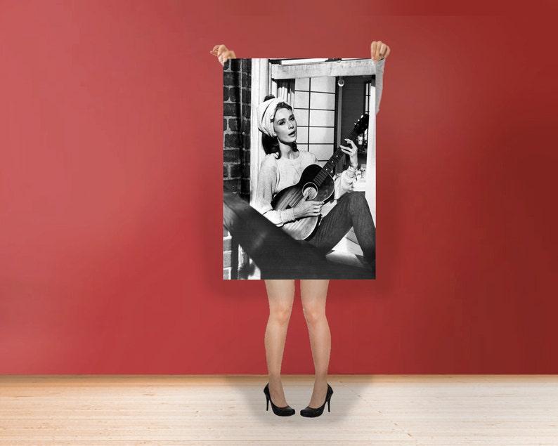 Audrey Hepburn Gitarre Moon River Klassische Art Print Etsy