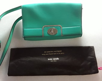 a1f434113f Vintage KATE SPADE Emerald Green Leather Crossbody   Shoulder Handbag    Purse