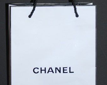 2db8af79169d Lot of 4 Authentic CHANEL White Signature Shopping Bags Perfect for Crafting,  party favors, etc. NEW