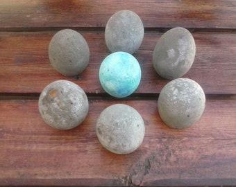 Beautiful Handmade Concrete Eggs for Easter!