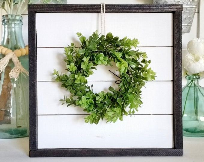 Shiplap Framed Boxwood Wreath