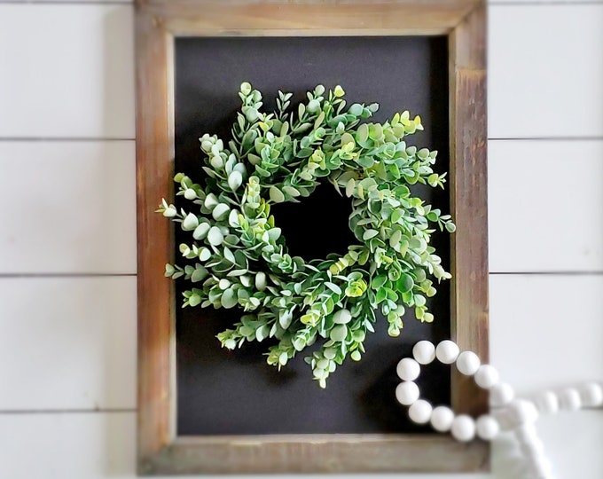 MINI Frosted Boxwood Wreath.