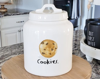 Rae Dunn Boutique: Cookie Jar