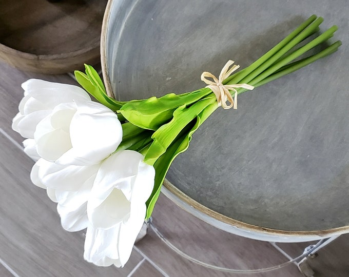 Artificial Lifelike White Tulip Bundle