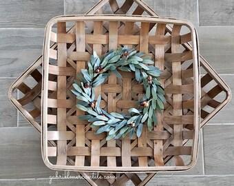 Olive Square Tobacco Basket Wreath.