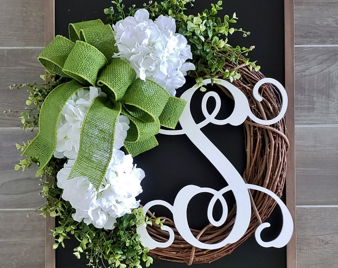 White Hydrangea & Boxwood Wreath