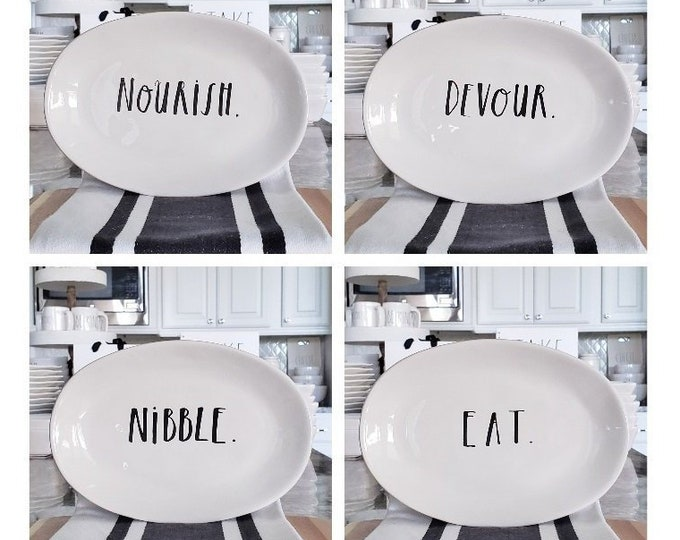 Rae Dunn Boutique:  Oval Plates, Set of 4