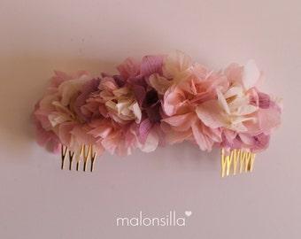 Touched VIRGINIA peineta flowers preserved