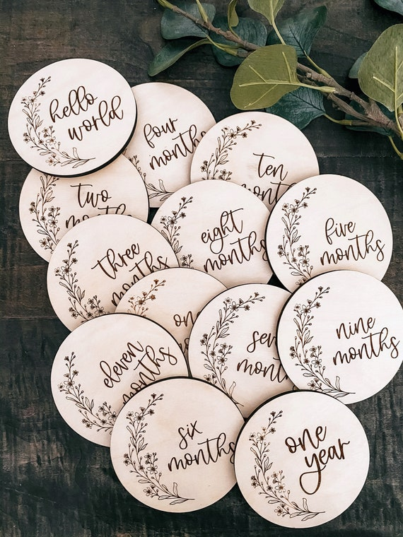Monthly milestones - floral baby milestones - baby shower gift - hello world - wooden - engraved