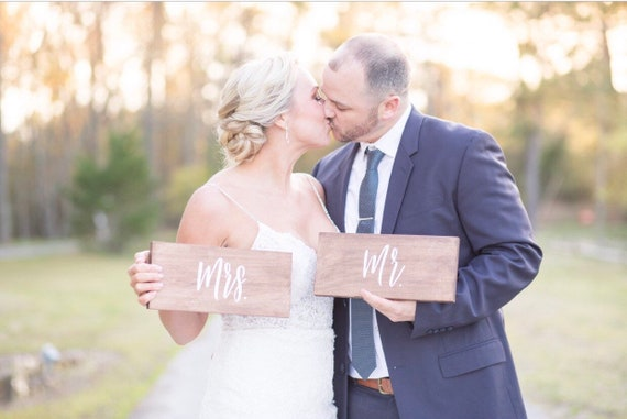 Wooden Mr & Mrs signs - wooden wedding signs - wooden chair sign